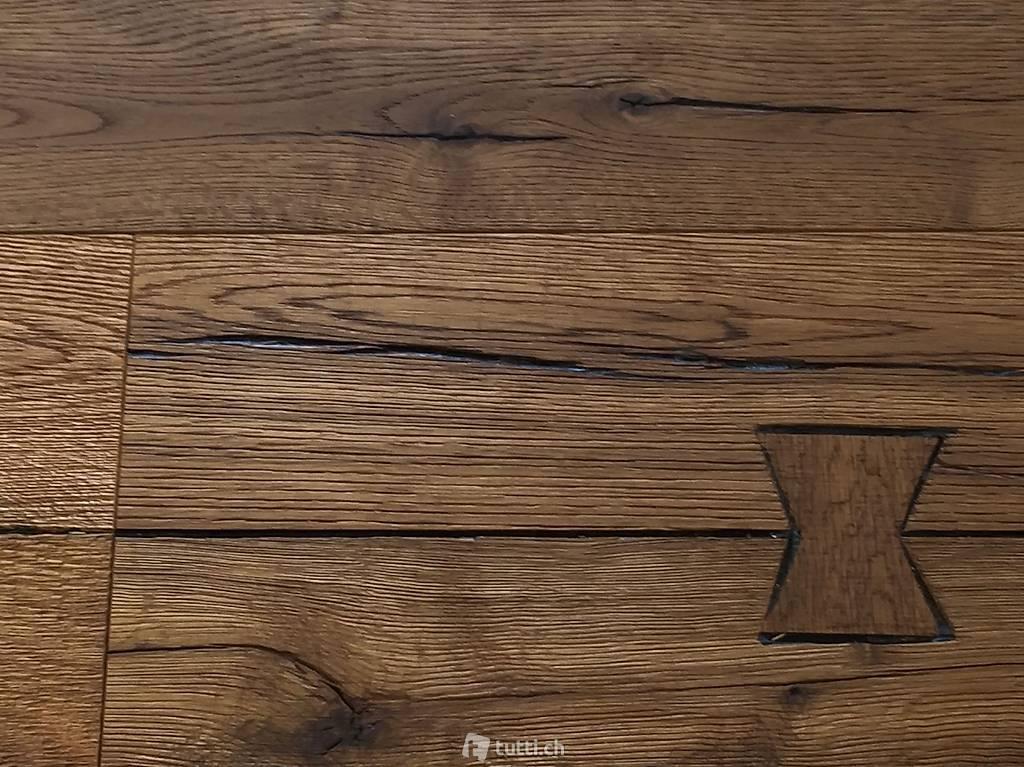 parkett eiche axe altholz ge lt in uri kaufen floor. Black Bedroom Furniture Sets. Home Design Ideas