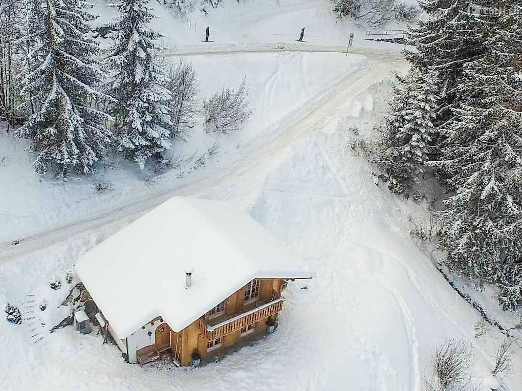 Chalet -Ski-in & Ski-out für 10 Personen mit Autozugang in Wallis ...
