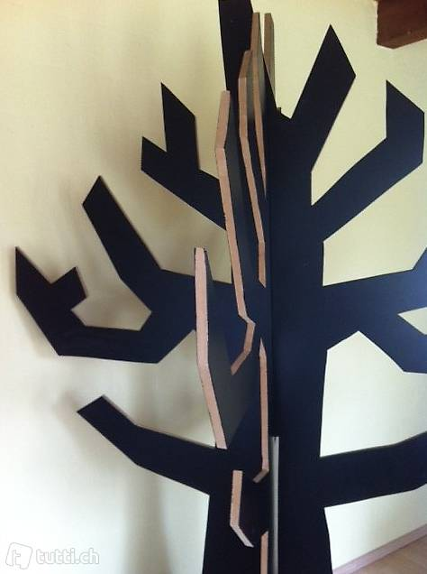 3 dimensionaler baum als garderobe deko in aargau kaufen. Black Bedroom Furniture Sets. Home Design Ideas