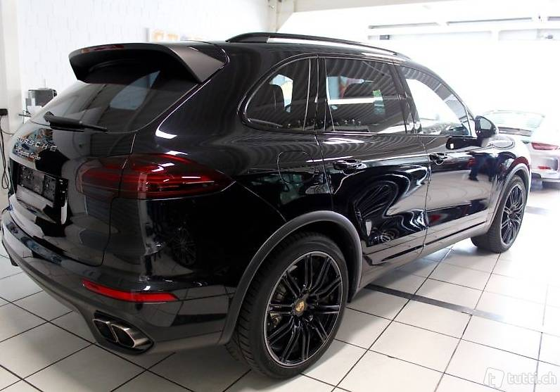 porsche cayenne turbo modelljahr 2015 vollausstattung. Black Bedroom Furniture Sets. Home Design Ideas