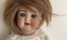 Antike Puppe Mädchen Gelenke beweglich Schlafaugen Kurzhaar