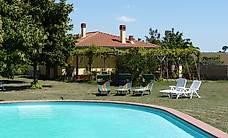 Italien: schöne Landvilla mit eigenem Garten und Pool