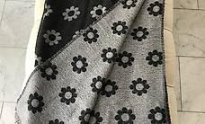 Schal aus 100% Lana, mit Blumenmuster