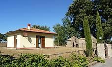 Italien: kleines, gemütliches Ferienhaus mit Garten und Pool