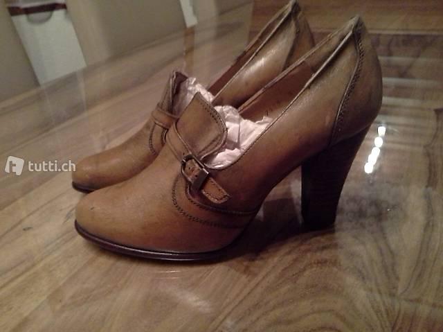Damen Schuhe Gr. 5 (38) Neu