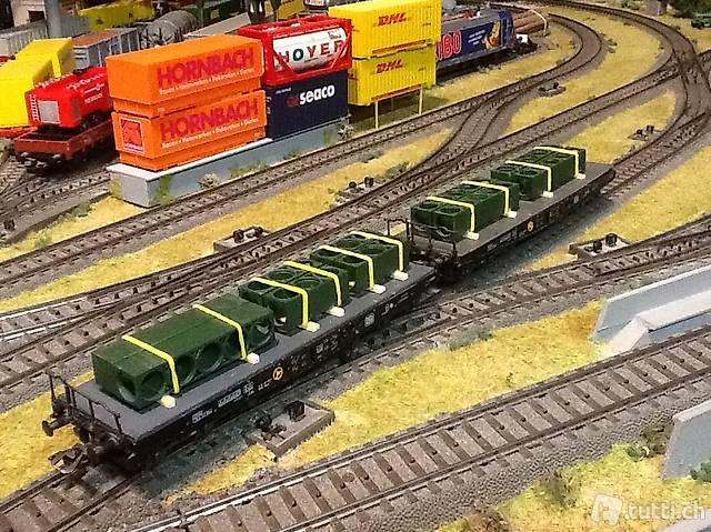 2 wagons plateformes de la DB de MÄRKLIN HO
