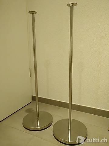 Stand per diffusori sorround