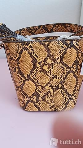 neue Tasche gelb