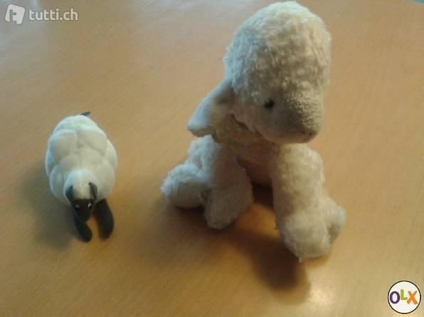 Schaf aus Plüsch/Stoff
