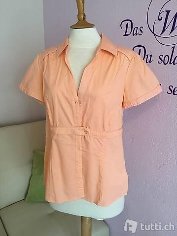 Hübsche lachsfarbene Bluse Gr. 42