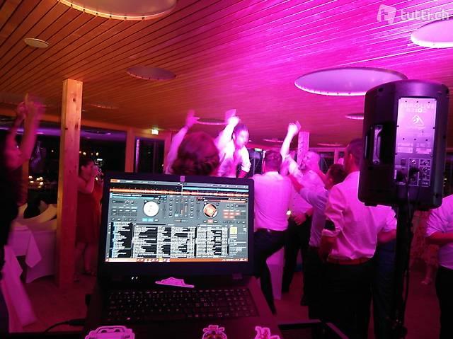 Du suchst keinen DJ