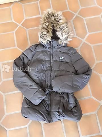 Hollister Daunen Jacke grau Gr. L in Basel kaufen tutti.ch