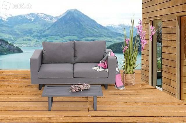 Beau mobilier de jardin en tissu sunbrella