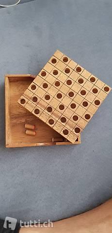Spiel aus Holz ideal für Reisen