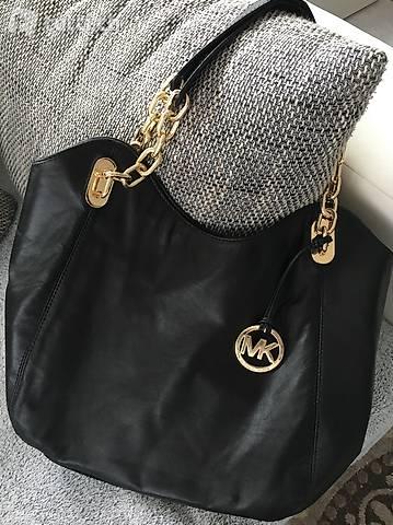 Schöne schwarze Michael Kors Tasche in Schwyz kaufen tutti.ch
