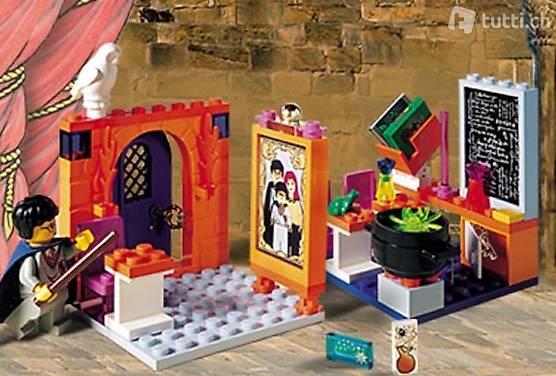 Lego Harry Potter 4721 #4 Hogwarts Classroom