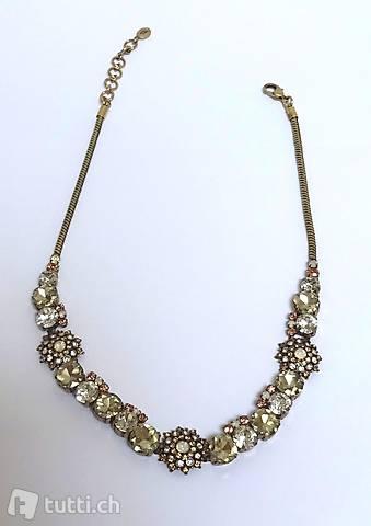 Neue Halskette von Jade & Jasper