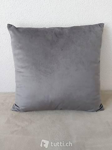 Neues Kissen Velours 45 x 45 cm