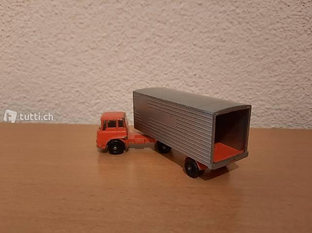Container - Sattelschlapper