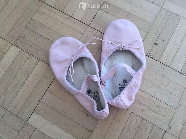 Ballettschläppchen rosa , Grösse 32