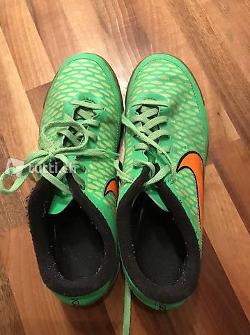 Fussballschuhe NIKE Grösse 38 grün