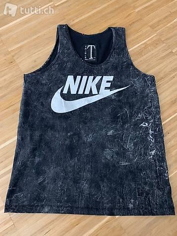 Sport T-shirt mit Nike Logo