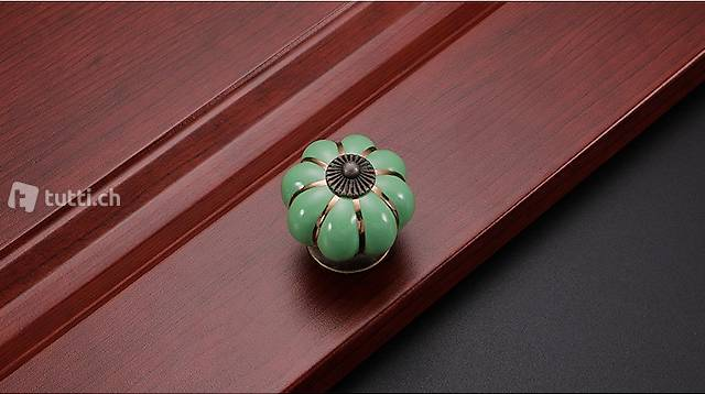 Portofrei 2 stück Grün Möbel Keramik Durchm. 4cm