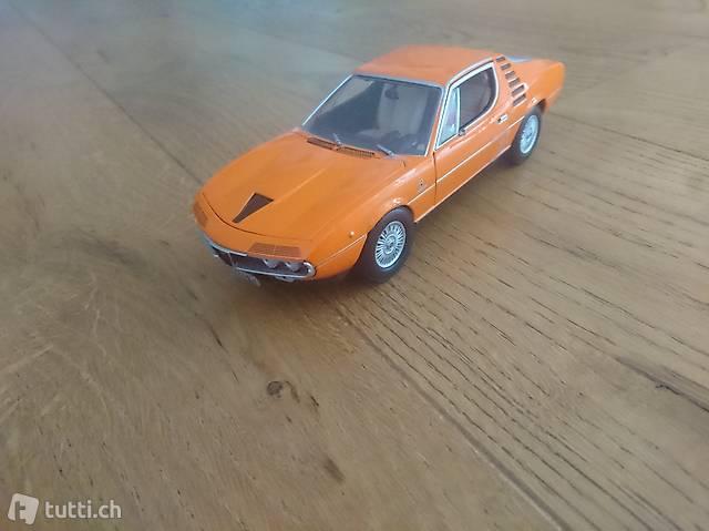 Neu Alfa Romeo Montreal 1970 Orange 1/24