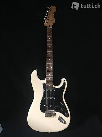 fender Squier  L Series  Silver Series  Stratocaster