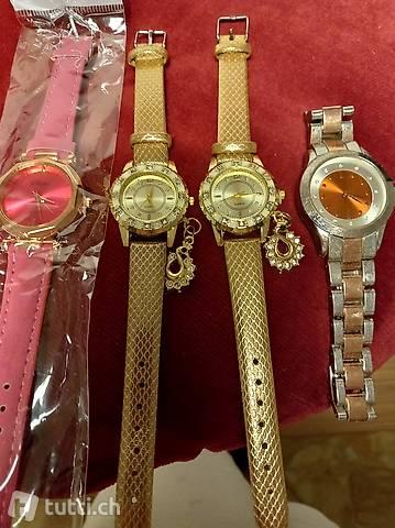 Tre orologi nuovi e uno usato