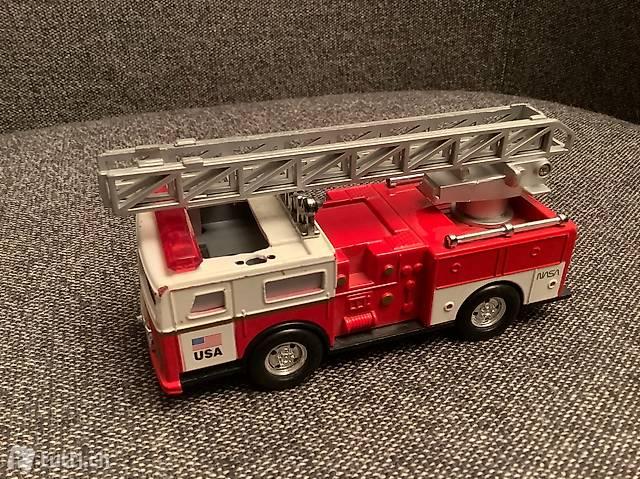Feuerwehrauto USA rot, mit ausziehbarer Leiter