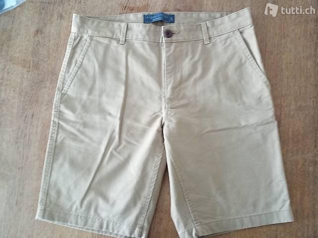 Shorts der Marke Angelo Litrico
