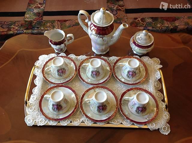 Servizio caffè da 6 completo in preziosa porcellana