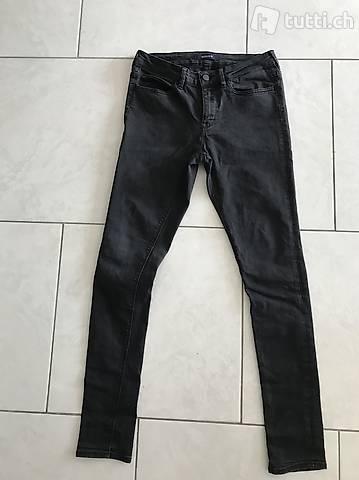 Jeans Gr. W28/L32 schwarz