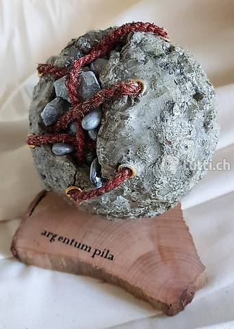 "Skulptur ""argentum pila"" Handmade"