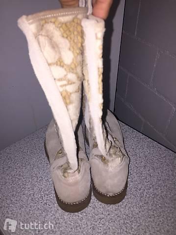 Stiefel dünn Mädchen Gr. 34 in Nid & Obwalden kaufen tutti.ch