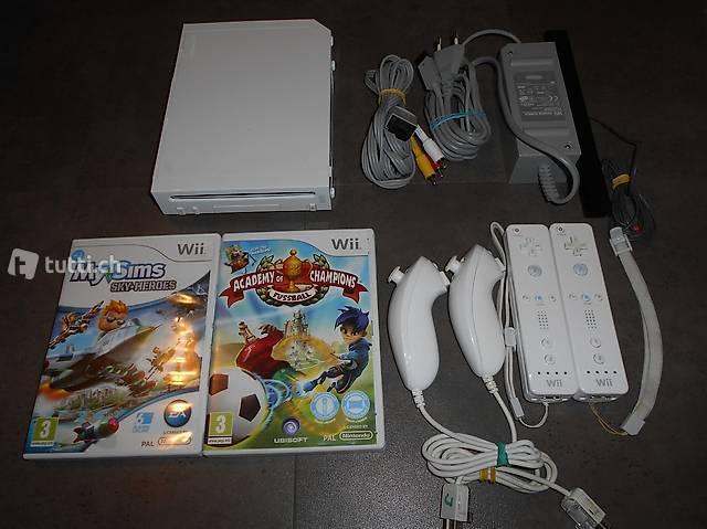 Nintendo Wii Konsole inkl. 2 Kinderspielen Sims + Fussball