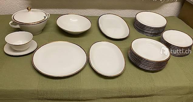 Servizio piatti porcellana Bavaria per 8 persone (Nuovo)