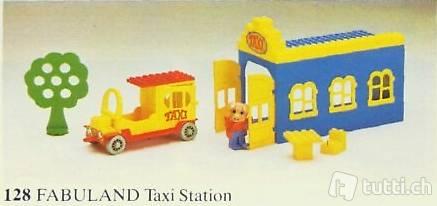 Lego Fabuland 128 Taxi Stand