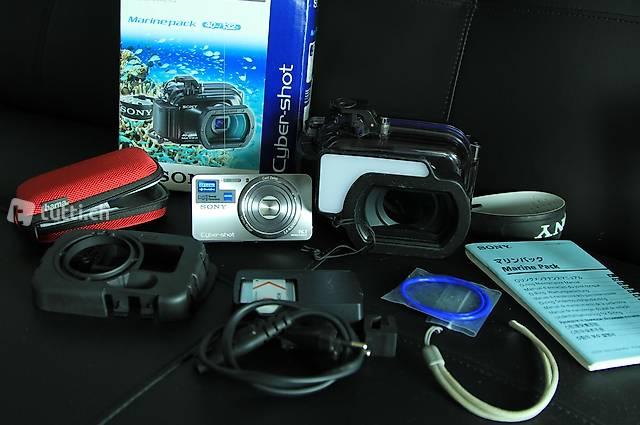 SONY Cyber-shot Kompaktkamera, Unterwassergehäuse + Zubehör