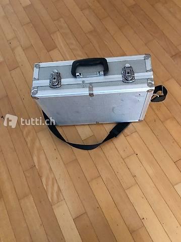 Vermietung Werkzeugkoffer für USM. Fr. 30 pro Tag