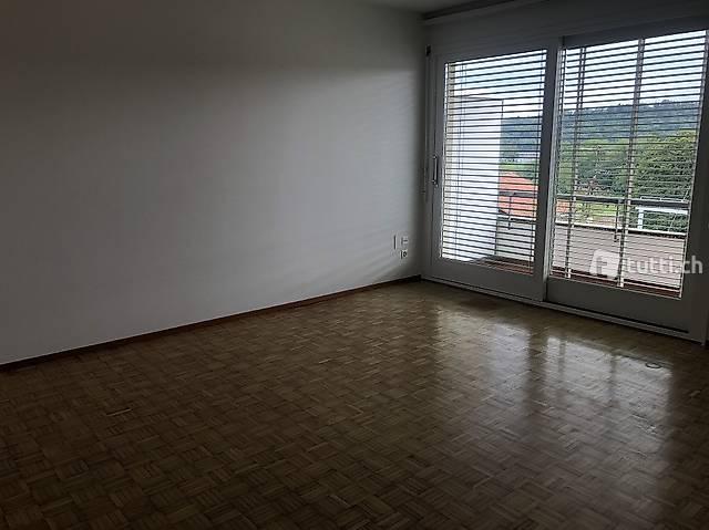 Appartamento 3.5 locali parzialmente ristrutturato