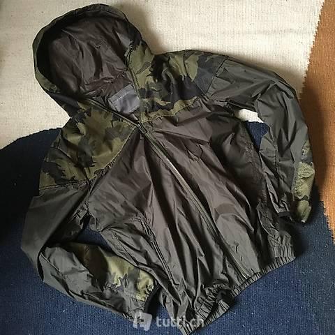 Leichte Regenjacke Khaki-Camouflage M, NEU!